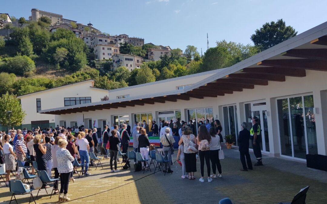 Foto inaugurazione nuova scuola di Oricola